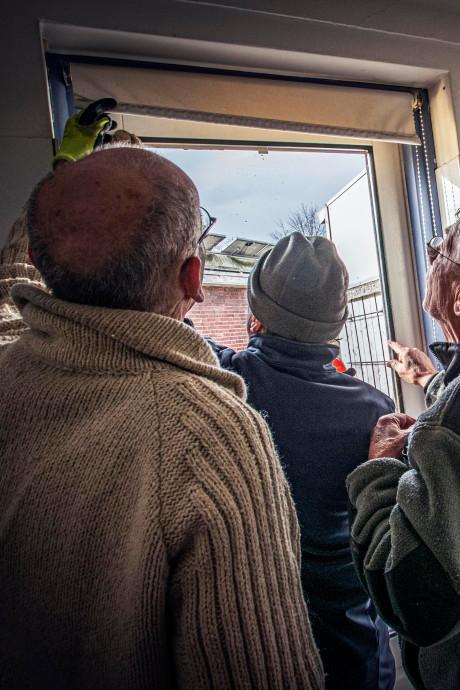 Oud huis waar de warmte wegwaait? In Tilburg kun je bij de Klimaatklussers terecht