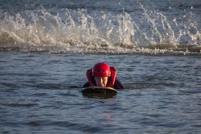 Wilma Bloemen(85) is niet bang voor een beetje water.