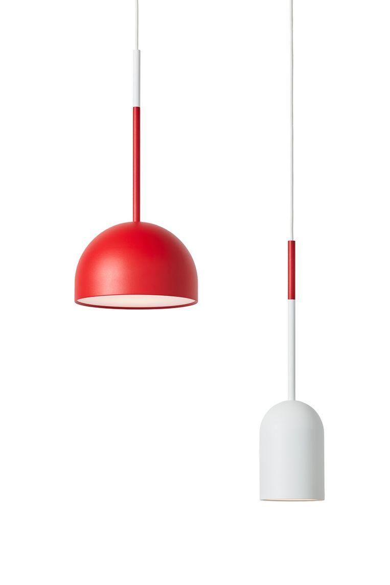 'Beaming Bobber'-lamp van Frederik Roije, € 119 en € 139. roije.com Beeld Thomas van Schaik