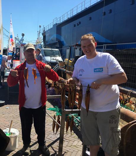 Haven Urk stroomt vol voor visserijdagen