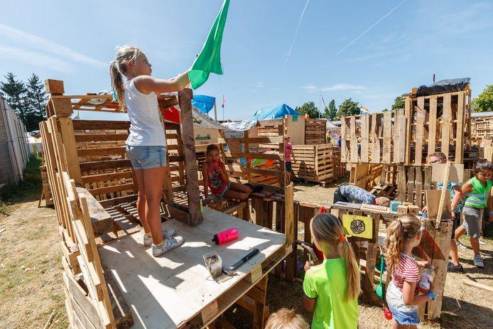Vorig jaar moest Jeugdland in Etten-Leur twee dagen dicht vanwege de extreme hitte, dit jaar gaat het vanwege corona helemaal niet door, al wordt er gezocht naar alternatieven.
