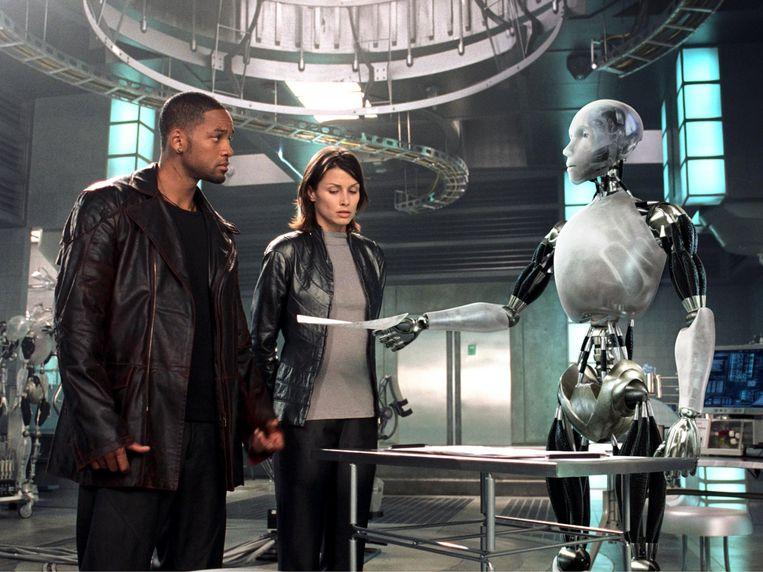 Will Smith en Bridget Moynahan in I, Robot van Alex Proyas Beeld