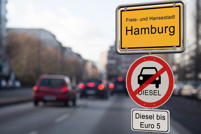 Oudere diesels mogen in tal van Duitse steden niet meer rijden.