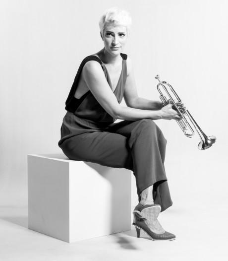 Trompettiste Maite Hontelé is in de race voor Latin Grammy Award