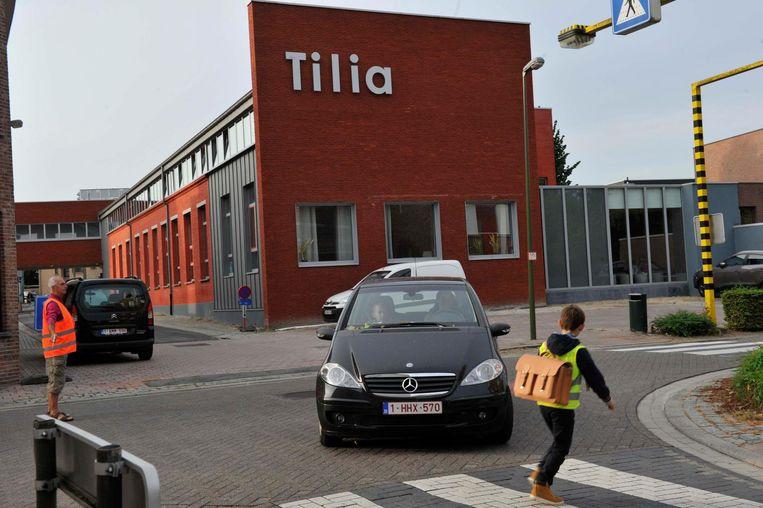 Ook aan school Tilia zullen automobilisten voortaan het gaspedaal minder stevig mogen indrukken.