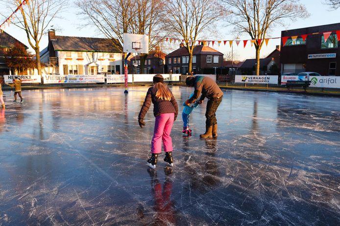 De ijsbaan is geopend.