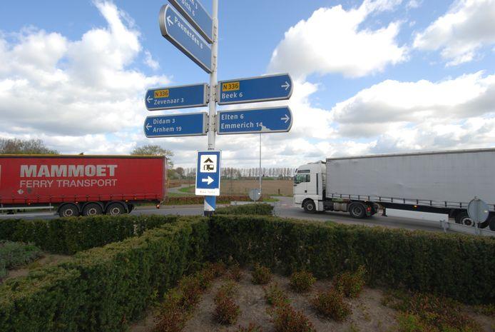 Vanaf de rotonde zou het Witte Kruis in Babberich moeten worden doorgetrokken naar de A12.