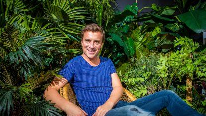 Niels De Stadsbader zingt in de nieuwe 'Familie'-begingeneriek niet over familie