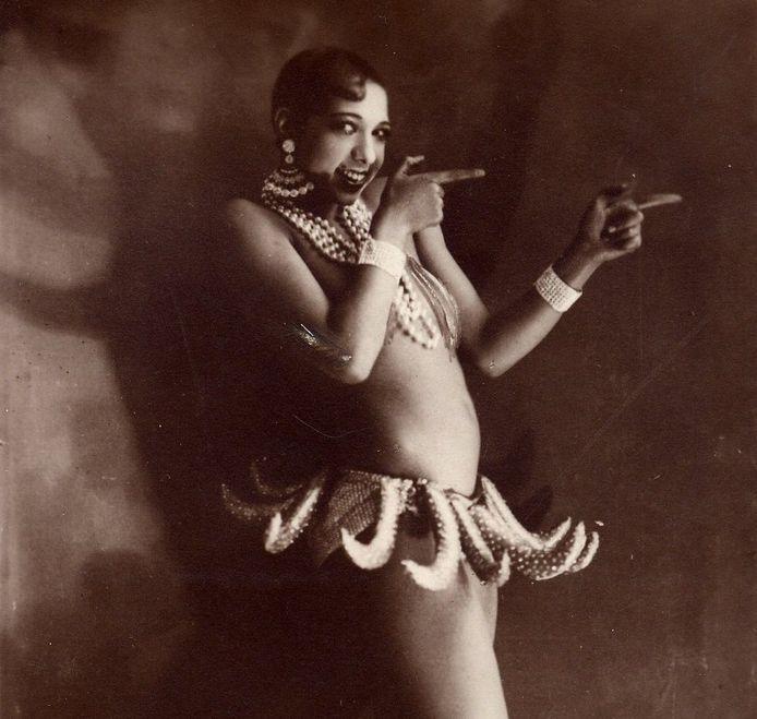Josephine Baker in haar befaamde bananenrokje.