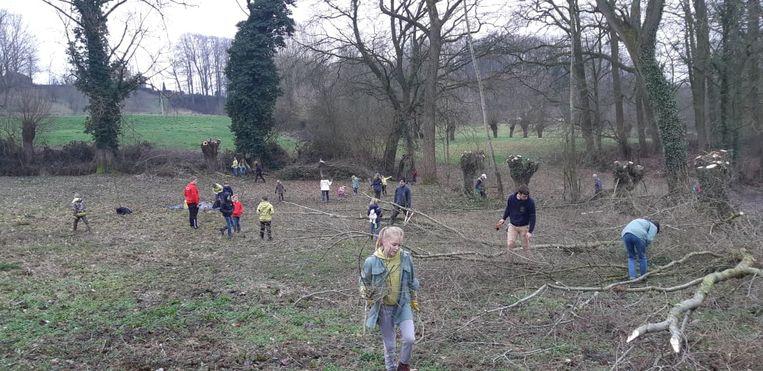 Archiefbeeld - Volgens Natuurpunt moeten er meer bossen komen waar mensen in kunnen spelen, lopen of wandelen.