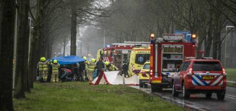 Weg tussen Velp en Rheden afgesloten na zware aanrijding