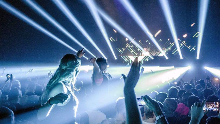 Feest in de Heineken Music Hall tijdens de opening van het Amsterdam Dance Event. Beeld epa