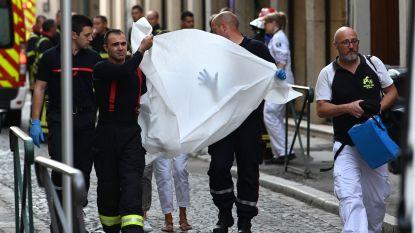 """Zeker acht gewonden bij explosie door bompakket in voetgangerszone Lyon, Macron spreekt van """"aanslag"""""""
