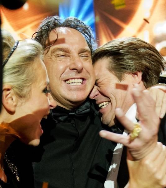 Wendy van Dijk, Marco Borsato en Martijn Krabbe na het winnen van de Televier-Ring.