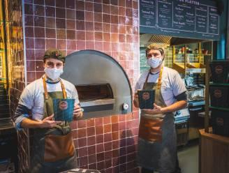 Gentenaars geven job als ingenieur en bankier op om 'de betere pitazaak' te starten op de Korenmarkt