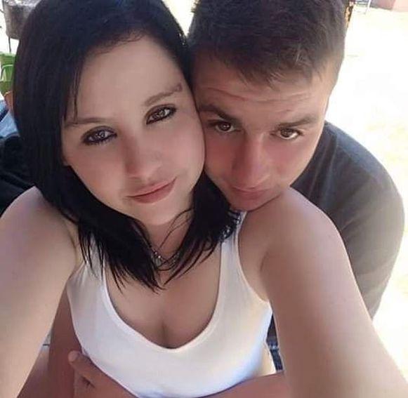 Vorige maand werd het jonge koppel Johanco Fleischman (19) en Jessica Khun (23) doodgeschoten toen ze zonder benzine gestrand waren op een snelwegbrug in Johannesburg.