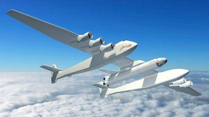 Grootste vliegtuig ter wereld is breder dan een voetbalveld