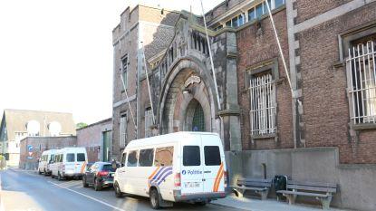 Vier verdachten gearresteerd die drugs over muren gooiden van gevangenis Dendermonde