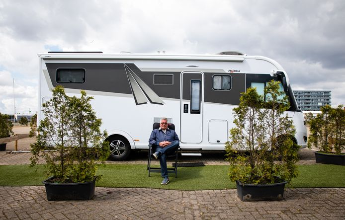 Eigenaar Kees van Vuuren van Camperpark Kinderdijk in Alblasserdam staat te trappelen om weer gasten te ontvangen.