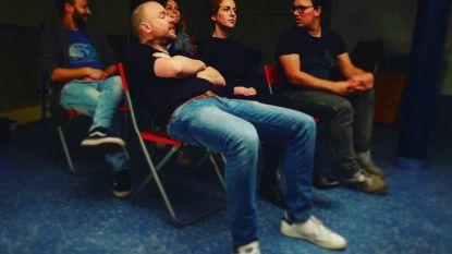 Tg Horzel speelt 'Histories van alledaagse waanzin'