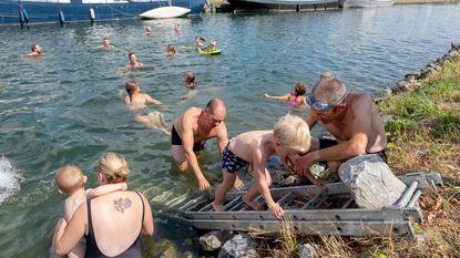"""""""We willen eigen zwembad, geen Plopsaqua"""""""