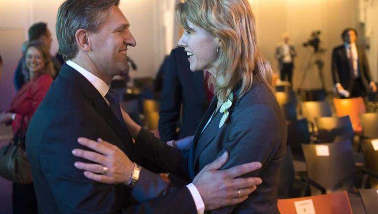 CDA-leider Sybrand van Haersma Buma in gesprek met Kamerlid Mona Keijzer. Beeld anp