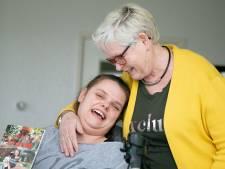 Moeder Gebbie schrijft boek over gehandicapte maar altijd positieve dochter Aniek