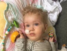 Zieke Jayme (1) eindelijk behandeld met peperduur medicijn in Boedapest