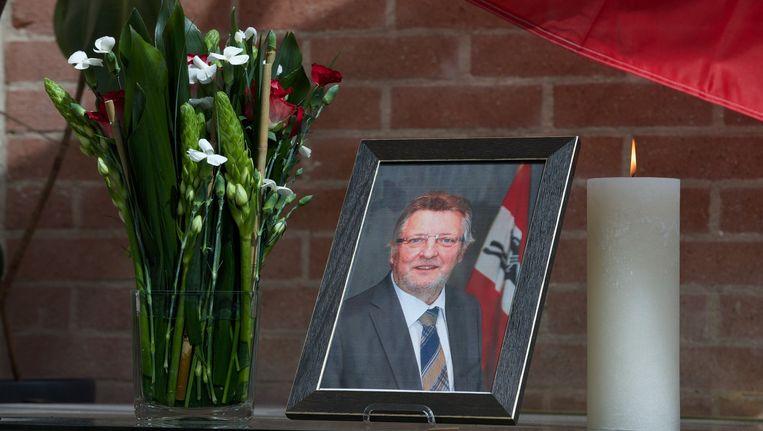 Een foto van de overleden burgemeester van Damme Dirk Bisschop.