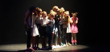 Schalm met 'Too cool for school' winnaar  Vughtse Dance Battle