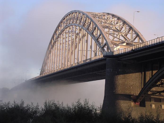 De Waalbrug.