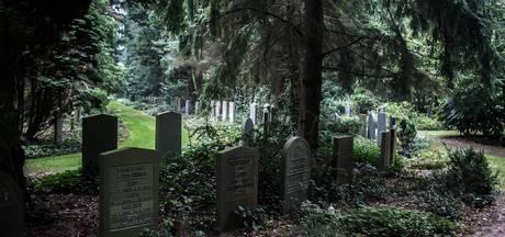 Man verstopt zich met harddrugs in crematorium