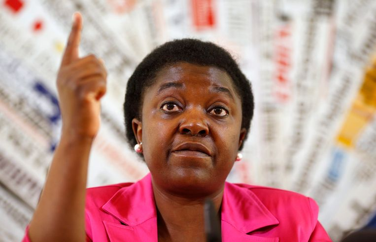 Cécile Kyenge, voormalig Italiaans minister van Integratie. De oorgarts zetelt nu in het Europees Parlement.