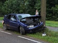 Twee gewonden bij eenzijdig ongeluk in Ochten