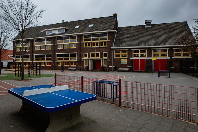 De Windroos is Deventer Voorstad moet sluiten, er zijn nog te weinig kinderen over.