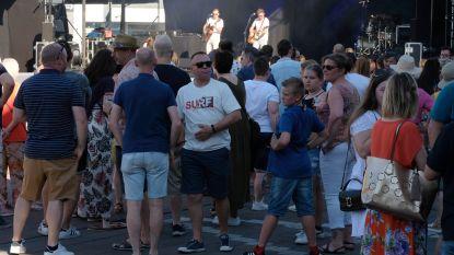 Kanaalfeesten kreunen onder hitte • Politie moet 2 keer ingrijpen bij vechtpartijen