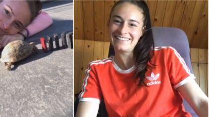 """Tessa Wullaert daagt fans uit en experimenteert met schildpad: """"Hij was nog een beetje in winterslaap"""""""