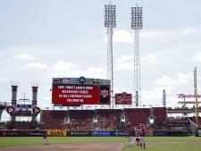 Bijen verstoren honkbalwedstrijd in Major League