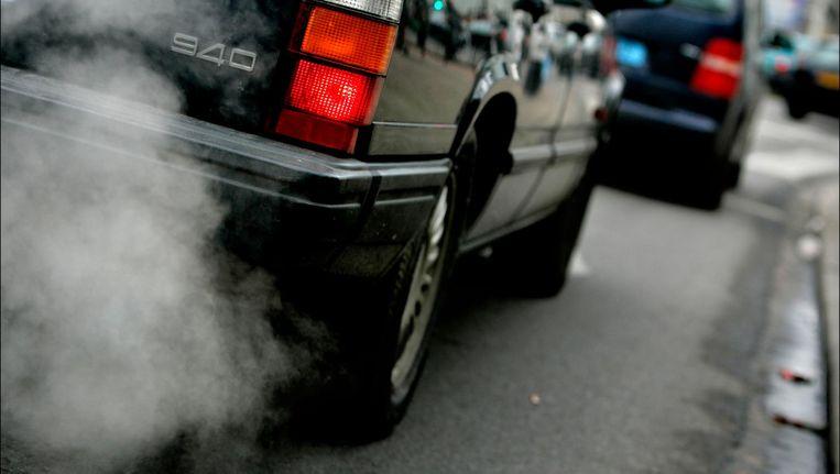 Door de luchtverontreiniging ademen Amsterdammers een hoeveelheid vervuilde zuurstof in die vergelijkbaar is met het meeroken van meer dan zes sigaretten. Beeld ANP