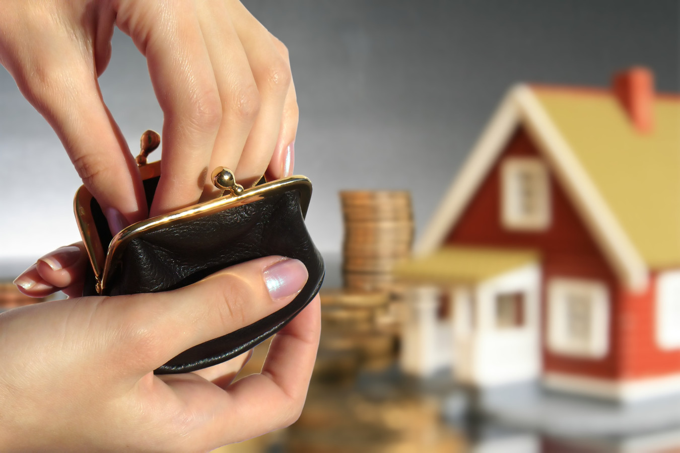 Voor veel gemeenten zijn woningbezitters melkkoe. De OZB is één van de weinige inkomstenbronnen waar ze zelf invloed op hebben.