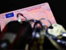 Automobilist te hard over N50: rijbewijs kwijt