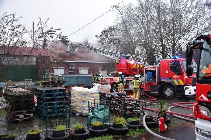 De brandweer kon uitbreiding naar een uitslaande brand vermijden.