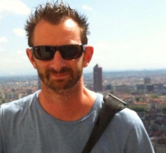 Tim Marschang (43) van Streetartwerpenaar brengt alle mensen bij elkaar om het eerbetoon op de suikerfabriek waar te maken.