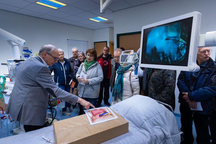 St Jansdal opende een maand geleden de ziekenhuisvoorziening in Lelystad. Tijdens een open dag mochten geïnteresseerden een kijkje nemen in het 'nieuwe' ziekenhuis.