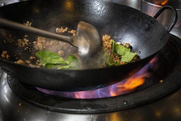 Een wokpan, ter illustratie