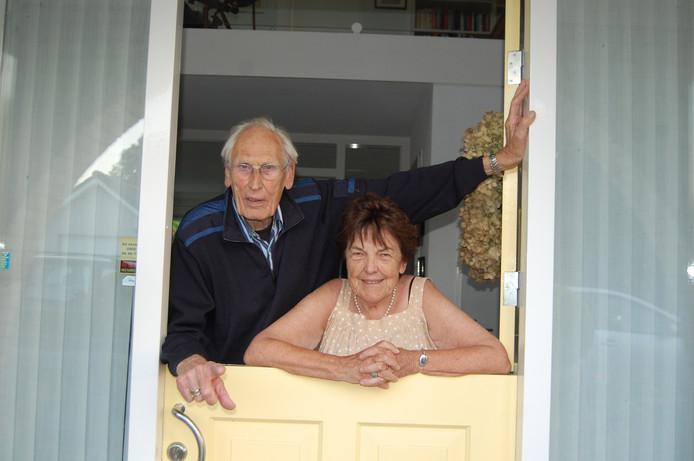 Het huisartsenpaar Grobbee-Bakker. Inmiddels zijn beiden overleden.