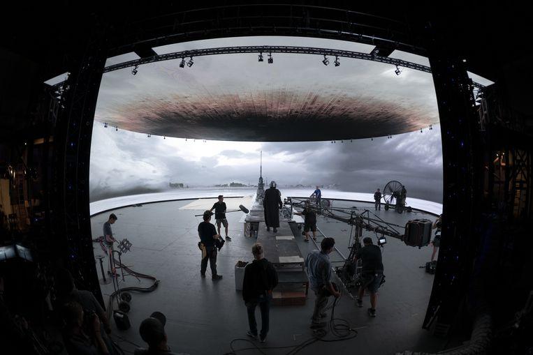De schaal waarop Disney de schermen heeft ingezet – met een enorme videomuur van bijna 270 graden in de rondte – was nieuw. Beeld Lucasfilm