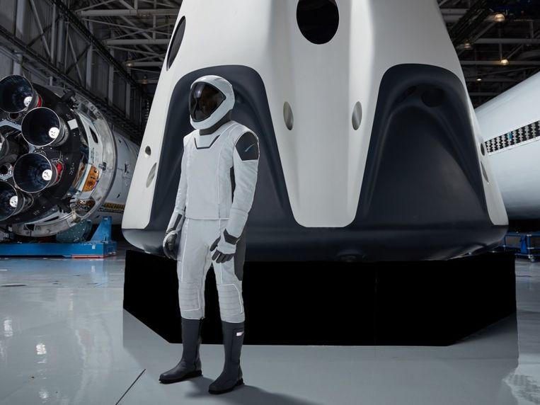 Het ruimtepak dat de astronauten van SpaceX zullen krijgen.