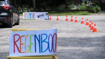 De Regenboog organiseert drive-in als afscheid voor leerlingen