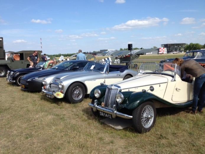 Vorig jaar was het weer beter op Classic Cars & Aeroplanes.